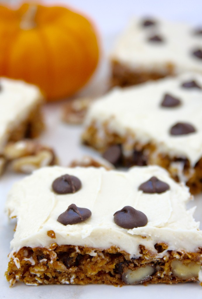 Frosted Pumpkin Oatmeal Squares- perfect amount of pumpkin, spice & chocolate