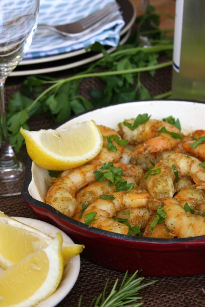 Rosemary Fennel Shrimp has the distinctive flavors of aromatic rosemary with the slight licorice taste of fennel seed. Serve as an appetizer with a glass of wine or on top of pasta.