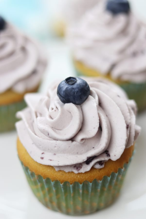 Best Moist Vanilla Cupcake Recipe