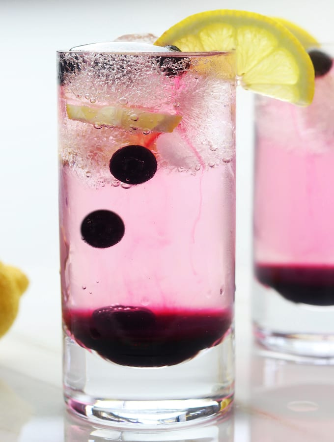 Easy and Fun Blueberry Cocktail